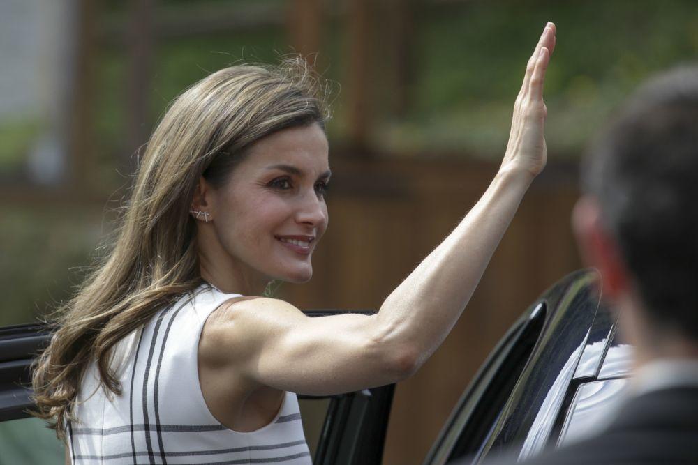 Todo el mundo habla de los brazos de la reina Letizia.