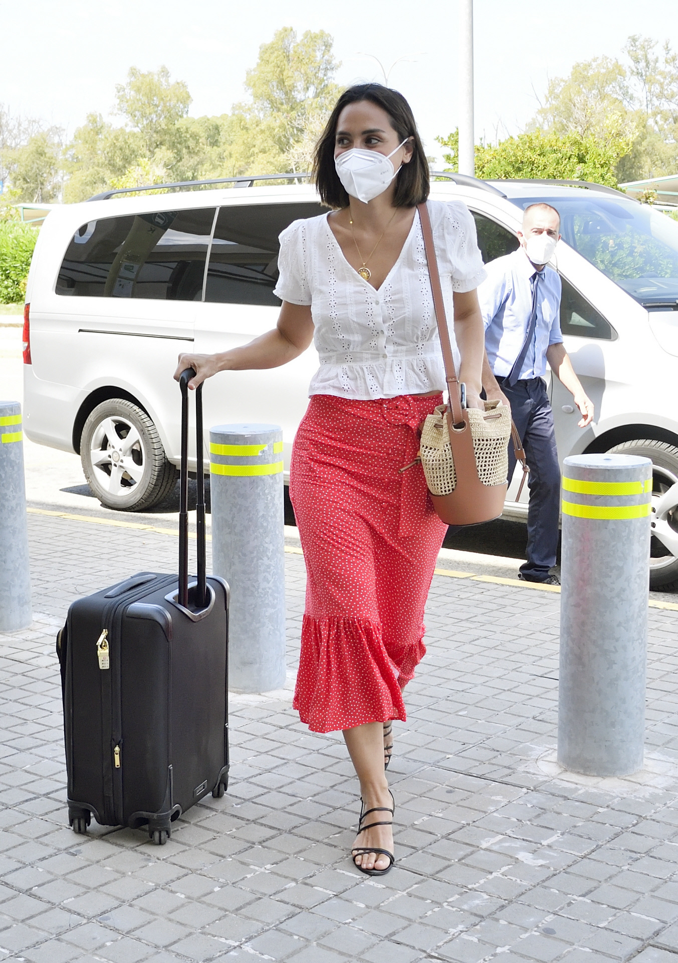 Tamara Falcó con falda de Zara.