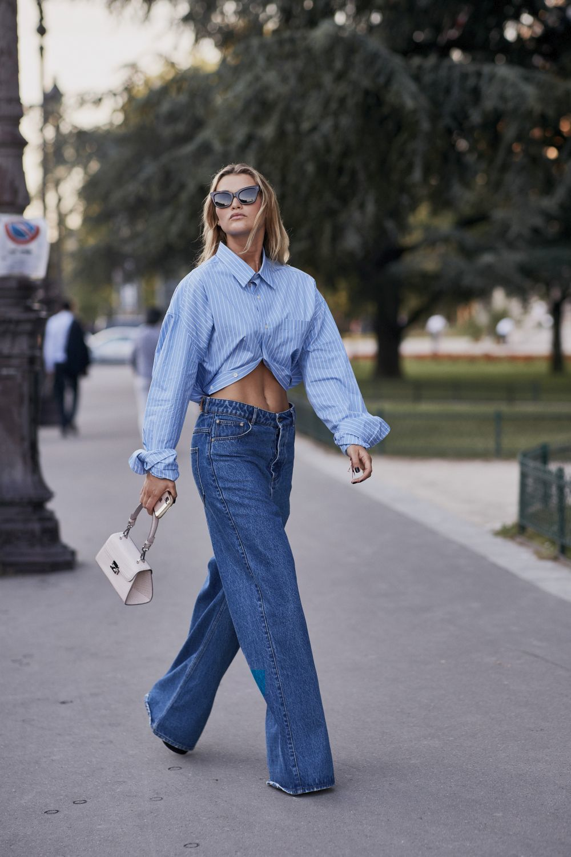 El street style se rinde a los jeans anchos.