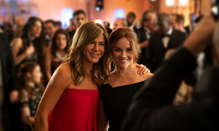 Jennifer Aniston y Reese Witherspoon en The Morning Show