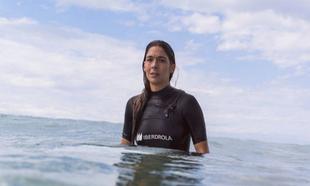 Garazi Sánchez durante un entrenamiento en la playa La Salvaje.