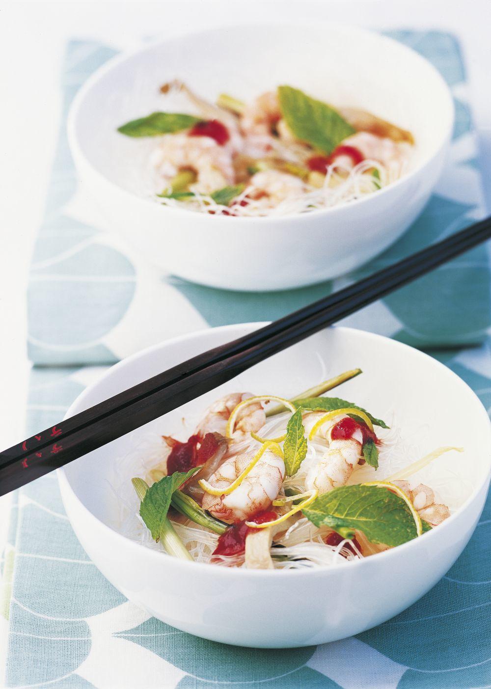 Los pescados y mariscos combinados con verduras nos ayudan a adelgazar y son ricos en proteínas de efecto saciante.