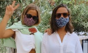 Las influencers y hermanas María Pombo y Marta Pombo con sendas...