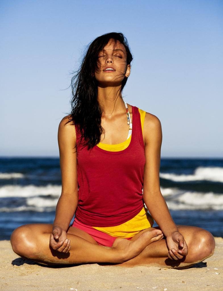 Corregir la postura supone estilizar tu figura automáticamente.