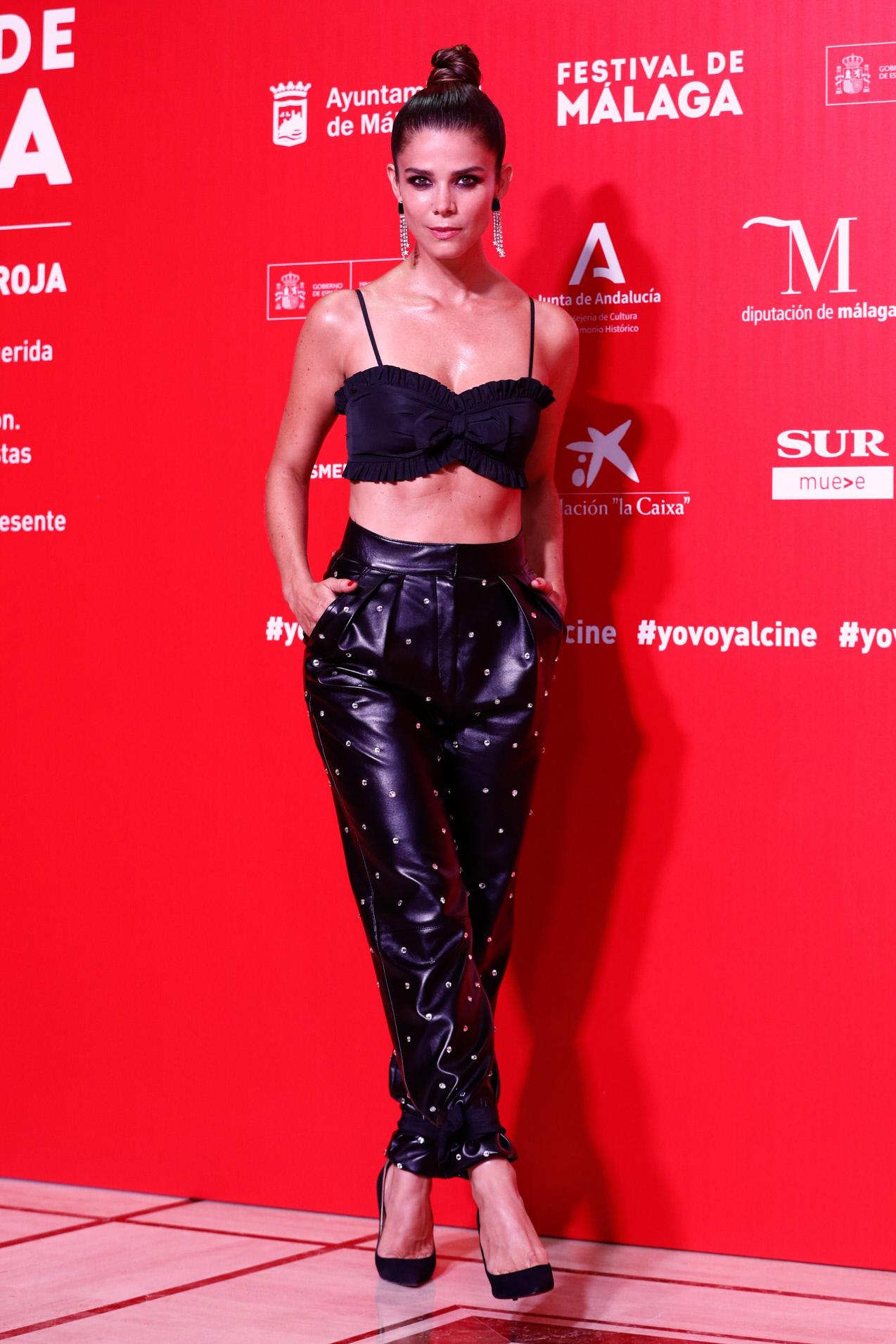Juana Acosta, espectacular en la alfombra roja del Festival de Málaga.