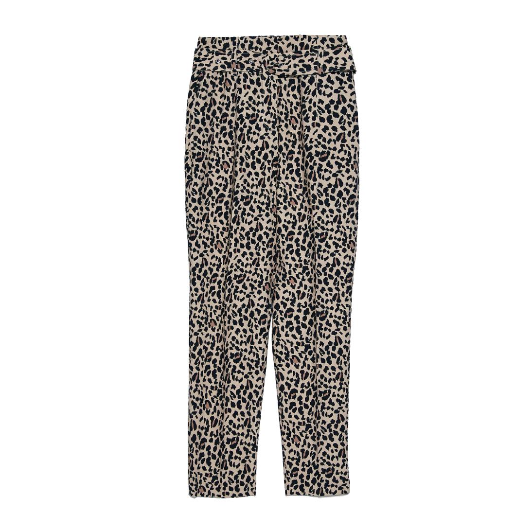 Pantalones de Zara.