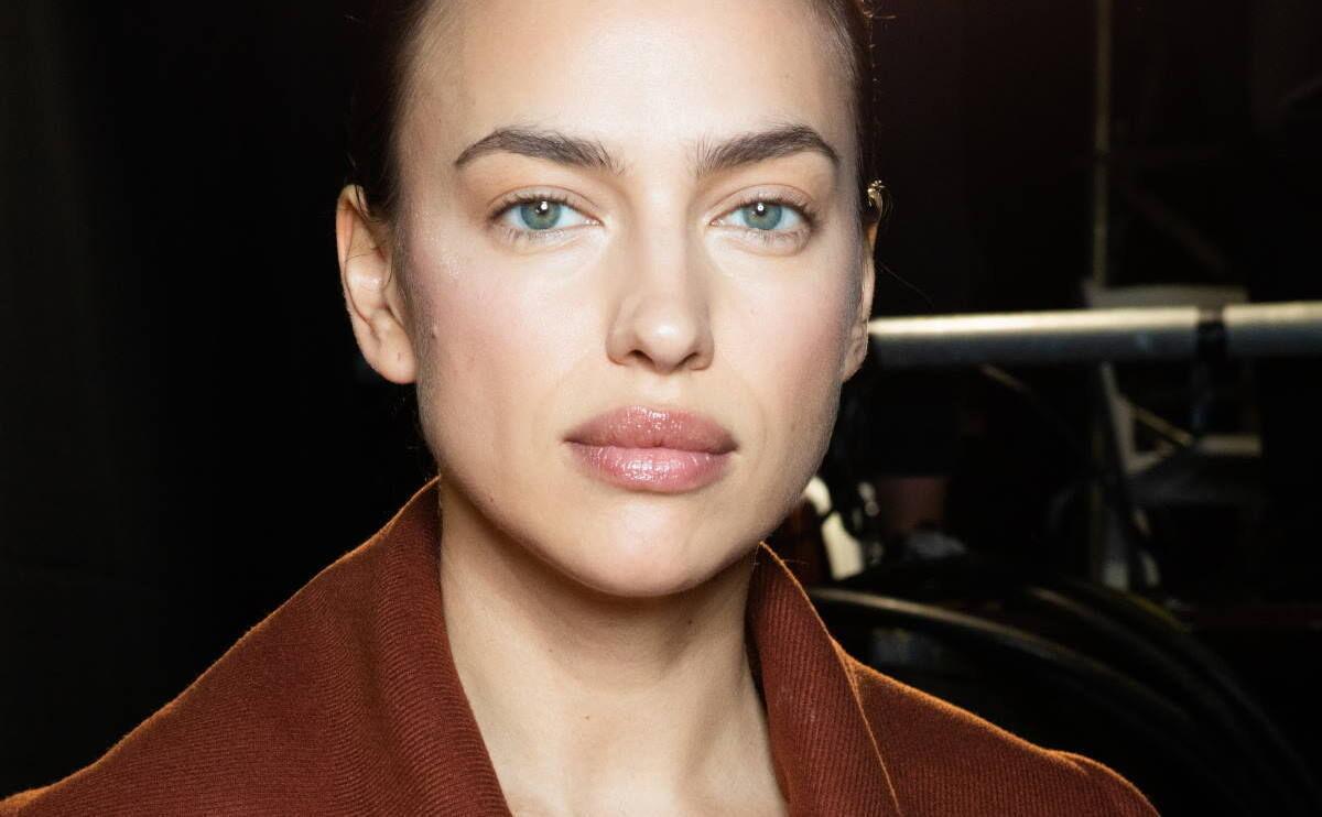 Así llevarás tus cejas este otoño con las mejores trucos de maquillaje, tendencias y nuevos productos para lucirlas espectaculares.