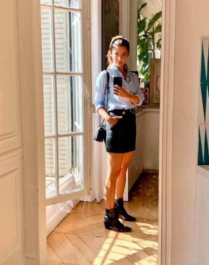 Juana posando en su cuenta de Instagram