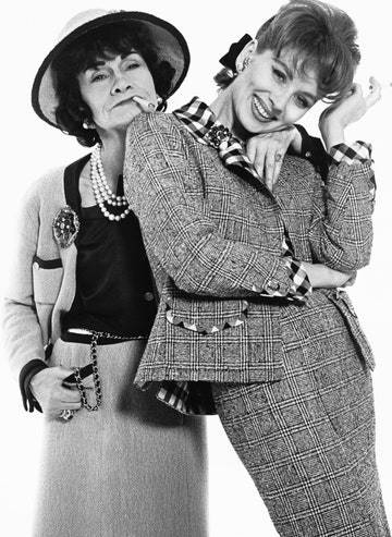 Gabrielle Chanel y Suzy Parker. Richard Avedon Foundation