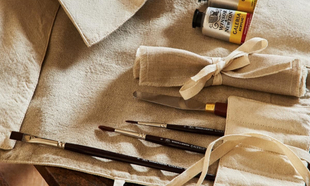 Funda de lino para lápices. 19,99 euros. Zara Home.