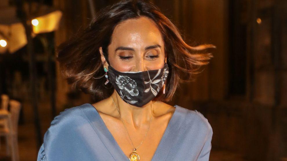 Tamara Falcó con mascarilla en el Teatro Real