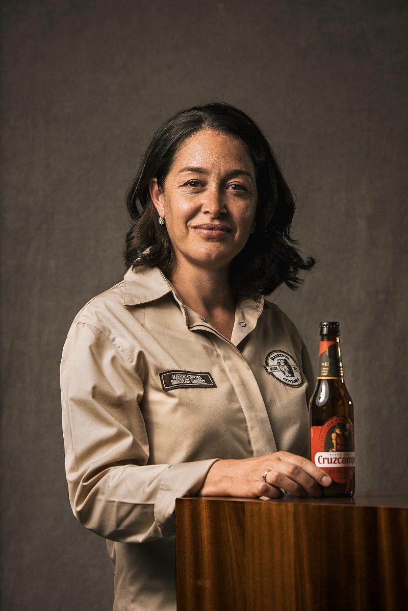 Inmaculada Fernández destaca que para hacer una buena cerveza se...
