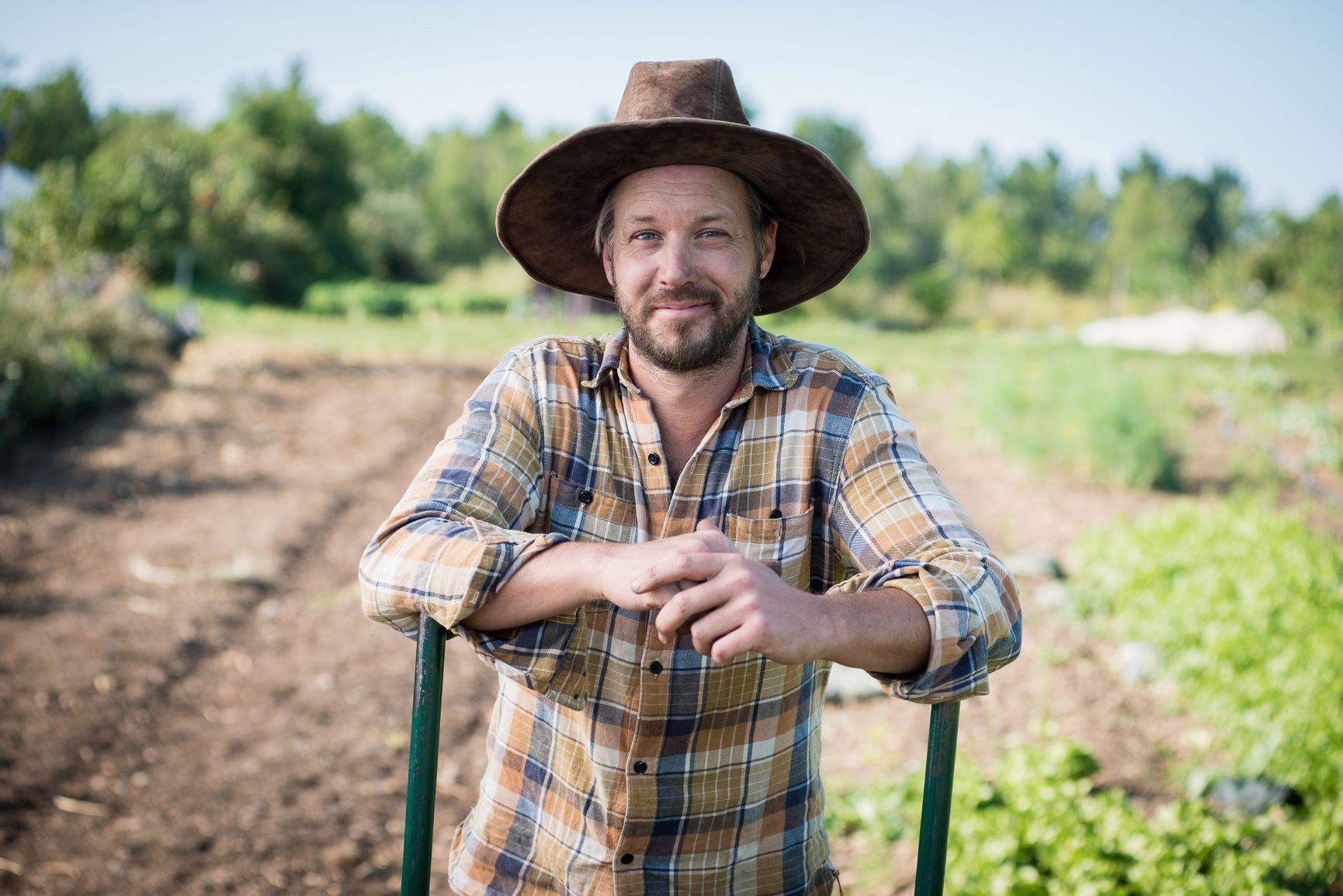 Jean Martin Fournier en su granja de Quebec.