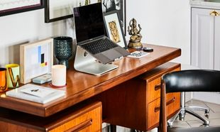 Estas son las mejores mesas escritorio (e ideas para decorarlas si...