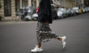 Estas 14 faldas van bien con cualquier top básico de tu armario