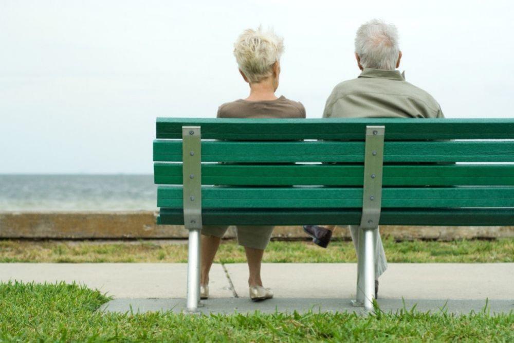El enfermo de alzheimer no sólo no reconoce a los demás, tampoco a sí mismo.