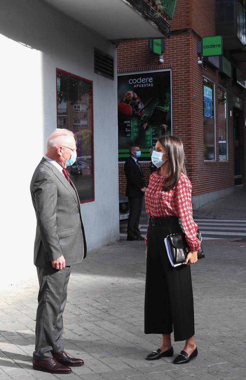 La reina Letizia visita Vallecas.