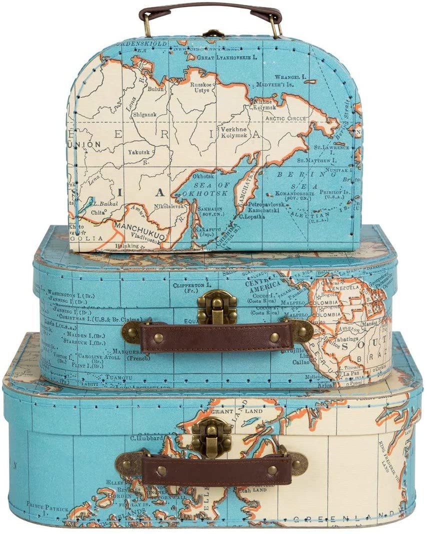 Juego 3 de maletas con diseño de mapamundi. 21 euros. Sass & Belle.