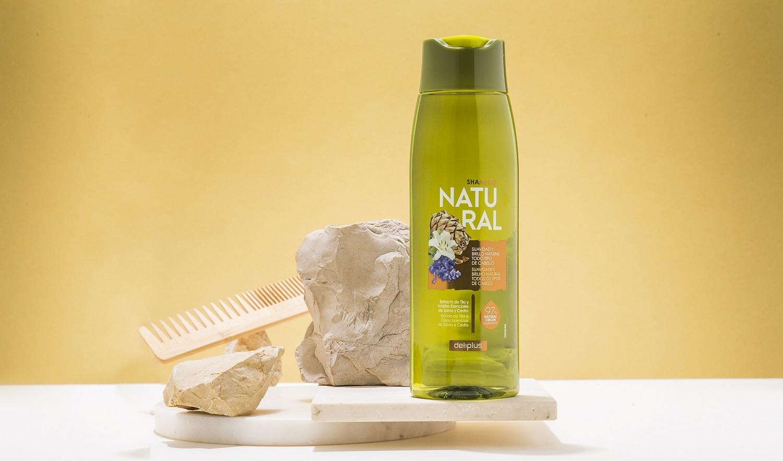 Champú Natural de Deliplus, ideal para el lavado de todo tipo de...