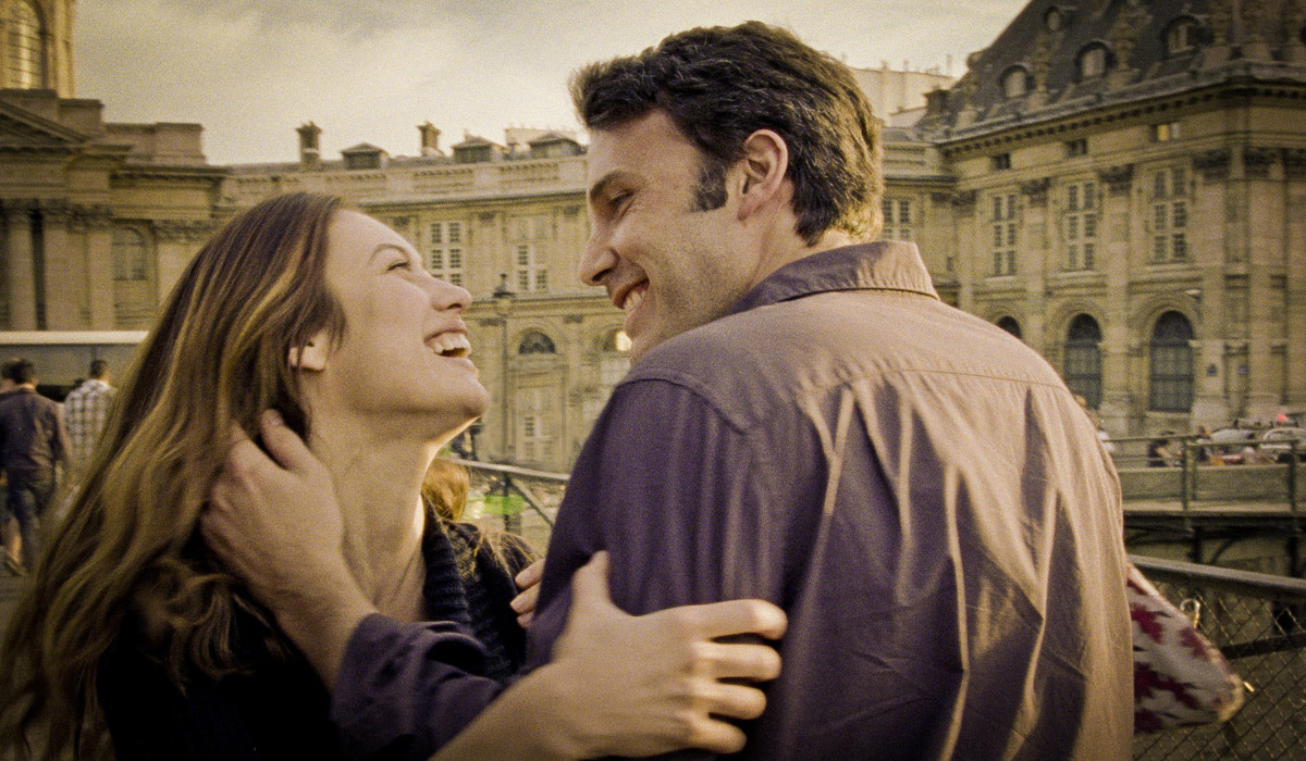 "Olga Kurylenko junto a Ben Affleck en ""To the wonder"", la película de Terrence Malick."