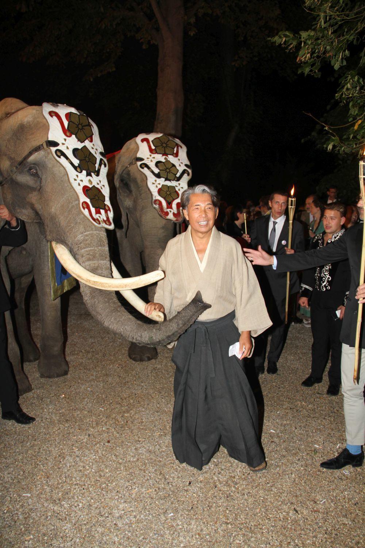 Kenzo en la fiesta de 50 aniversario de la marca.