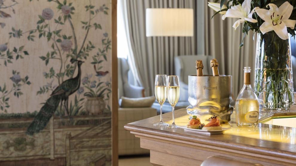"""URSO Hotel & Spa presenta """"Las tarde de Piano y Ruinart"""", un plan..."""