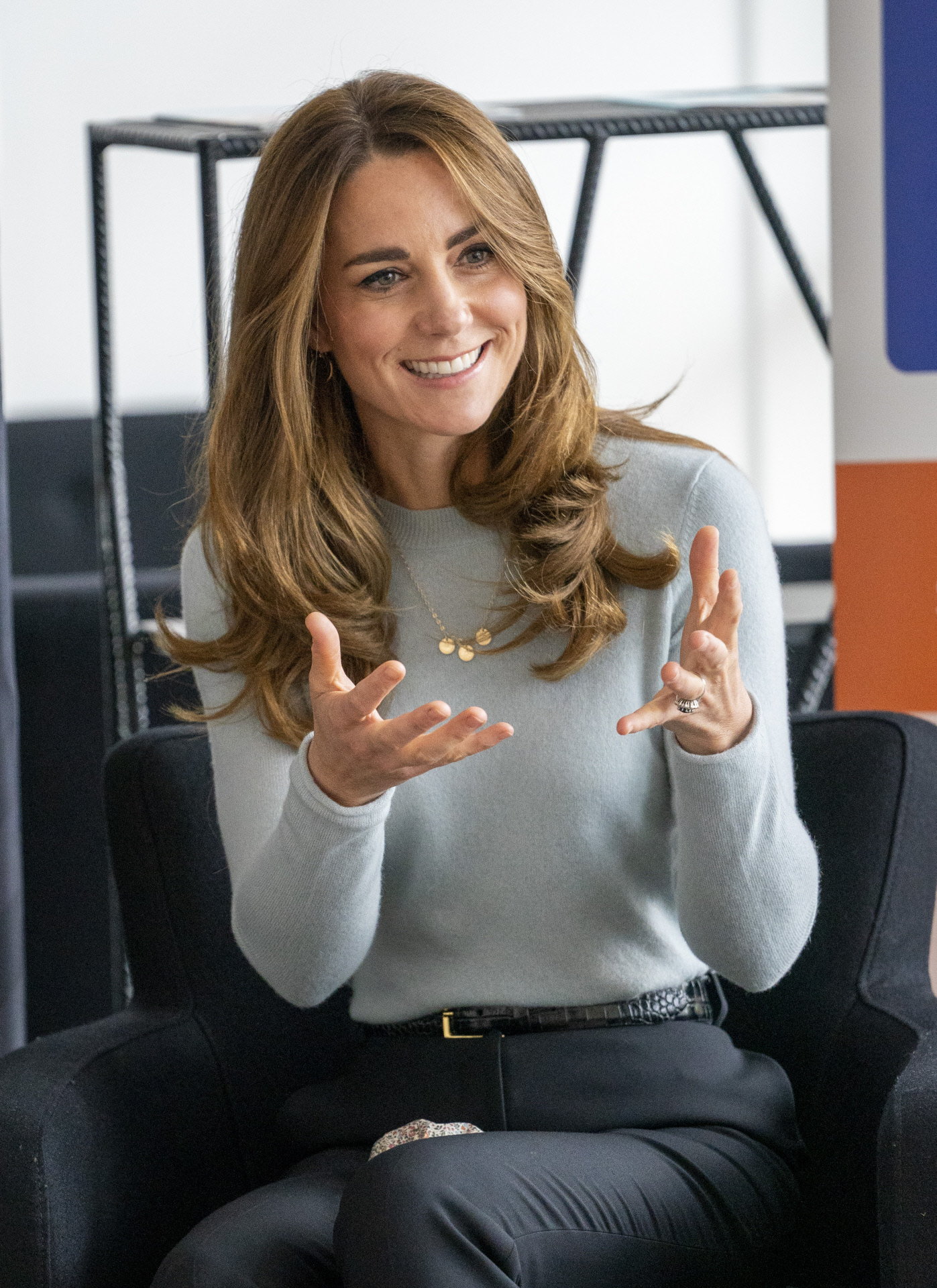 La duquesa de Cambridge con jersey de Massimo Dutti.