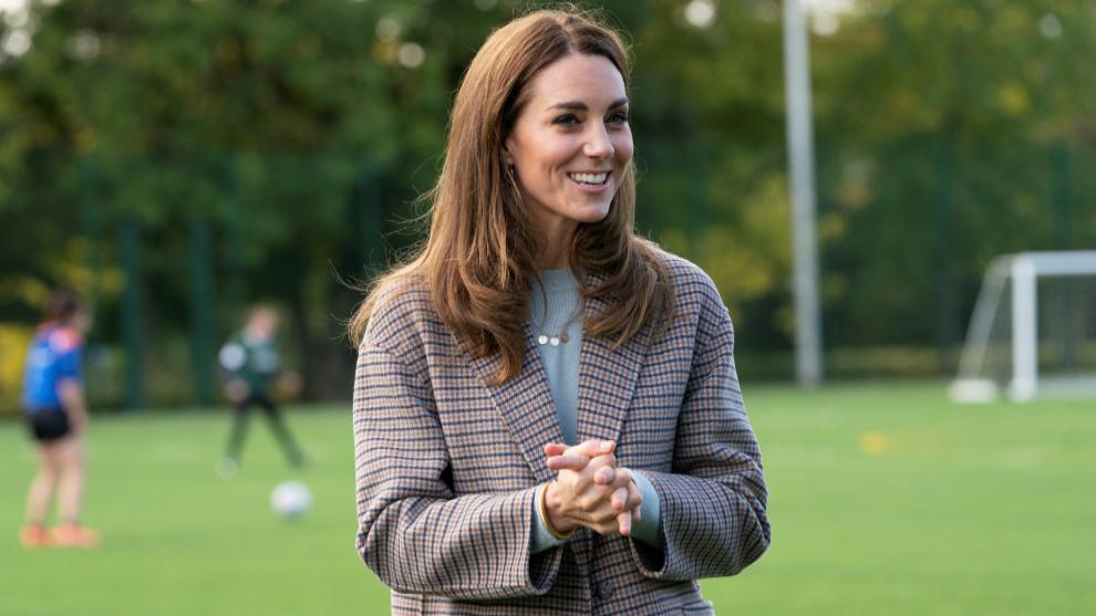 Kate Middleton con abrigo de Massimo Dutti.