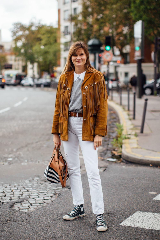Una de las asistentes a la Paris Fashion Week.