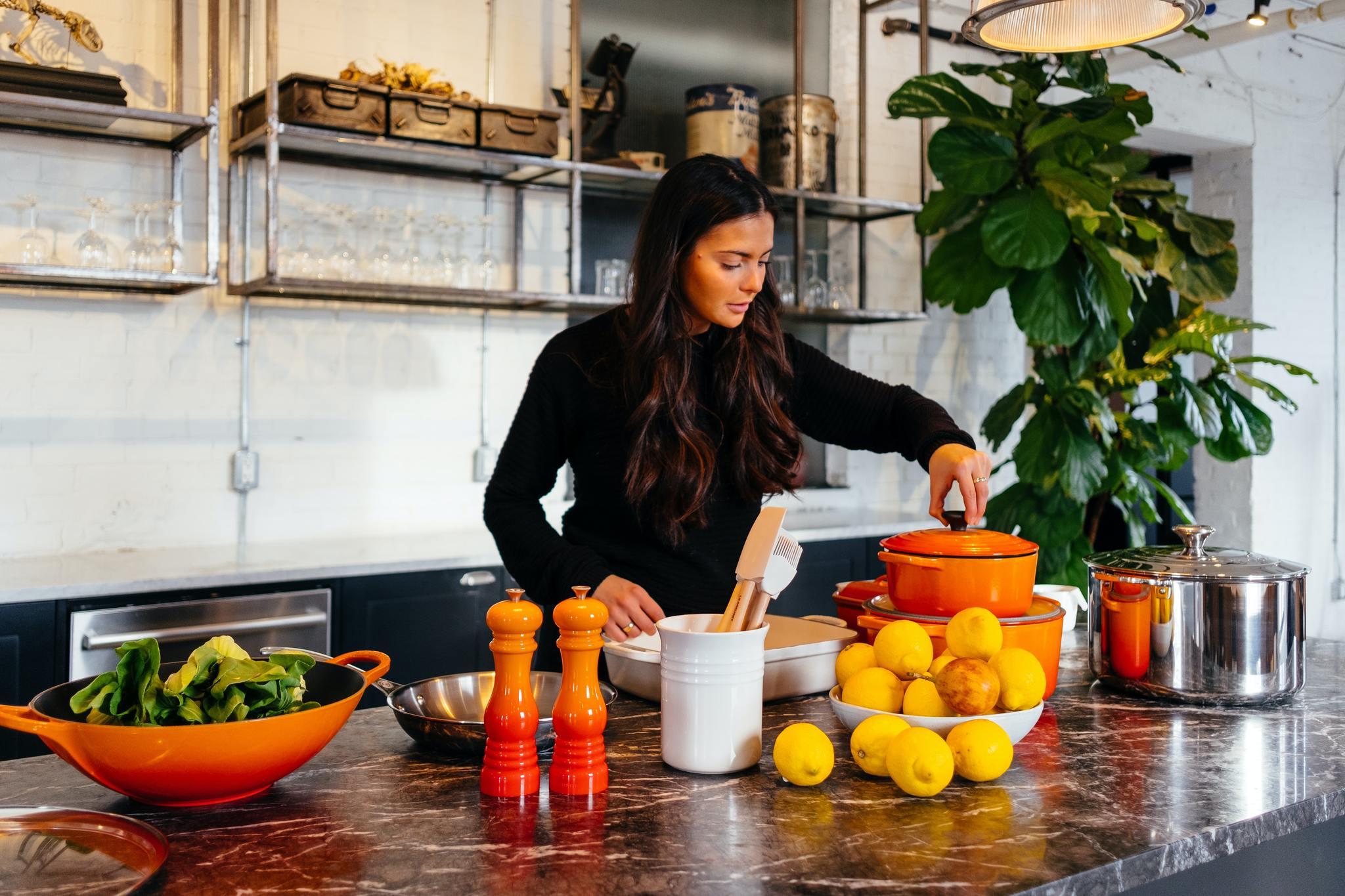 Para evitar la rotura es bueno comer naranjas, limones, espárragos, espinacas, carnes y pescados blancos y azules.