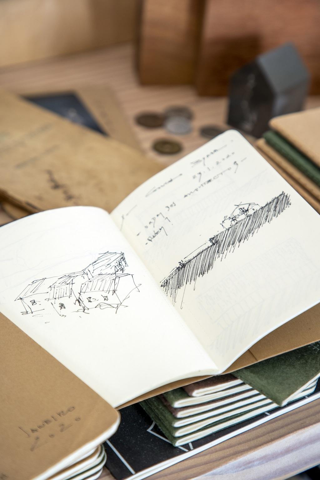 Los dibujos del arquitecto.