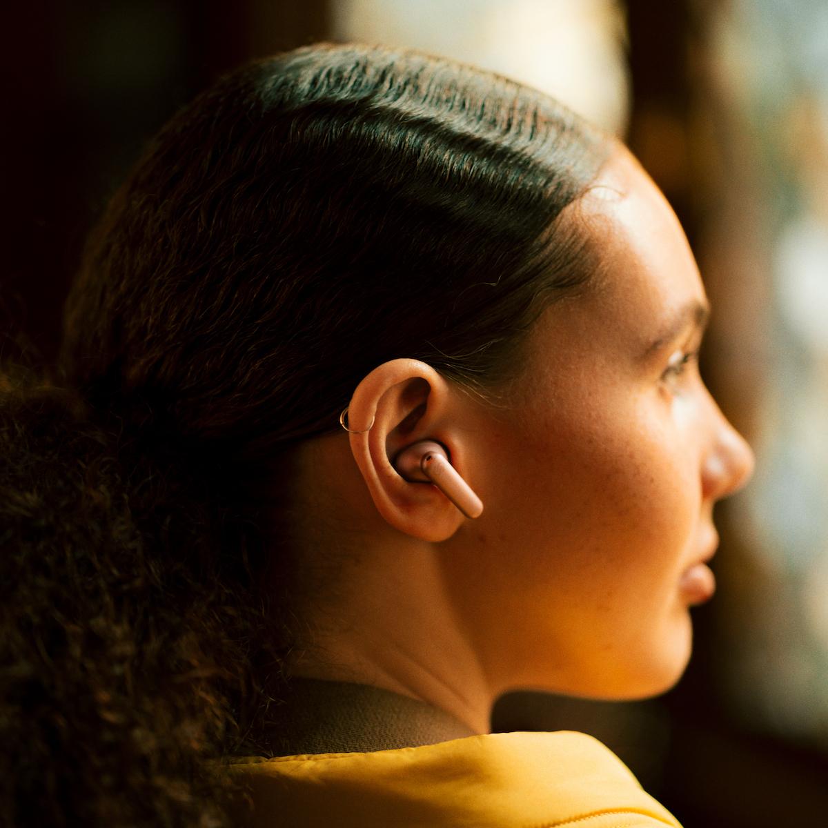 Los auriculares inalámbricos de Urbanista, modelo London, hacen la vida más fácil.