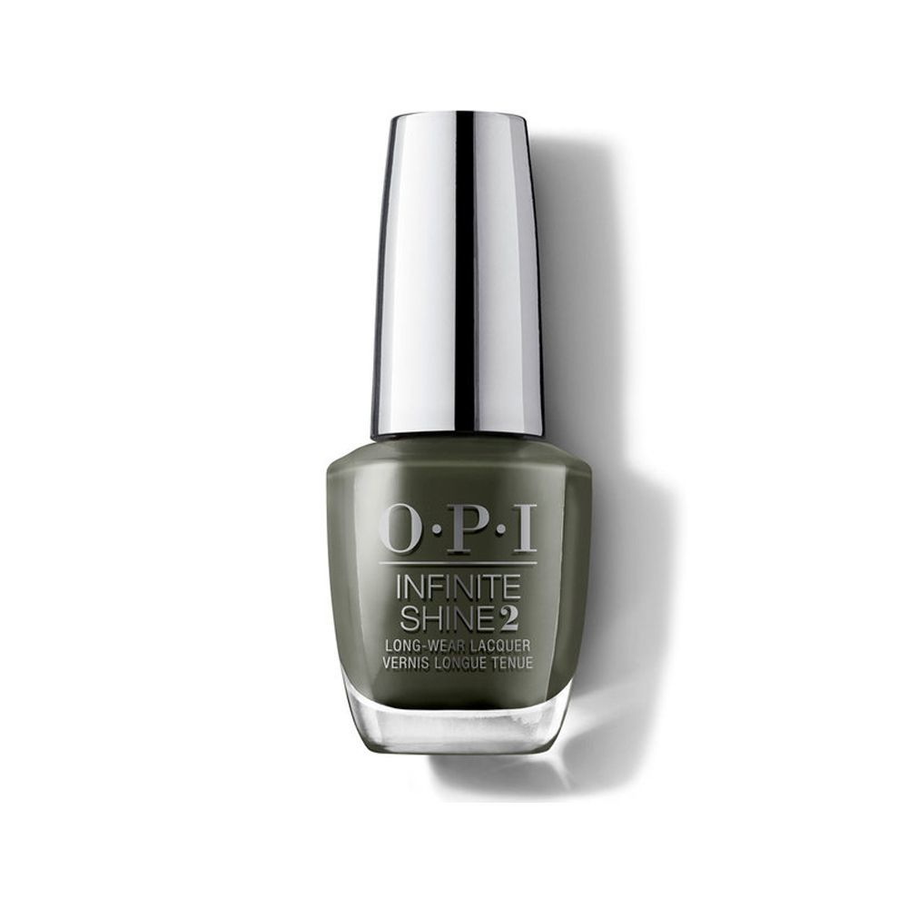 Laca de uñas verde oliva Things Ive Seen in Aber-green Infinite Shine de OPI (22,50 euros).