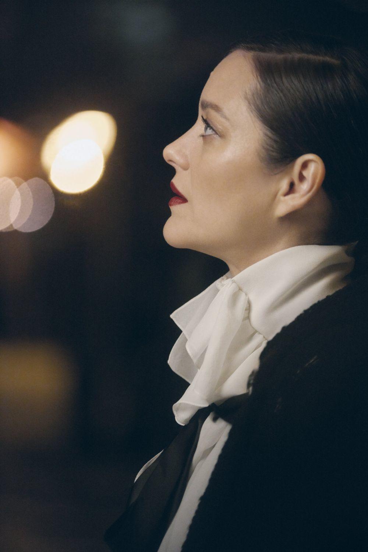 Marion Cotillard en la nueva campaña del perfume Nº5 de Chanel.