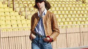 Un <em>look</em> clásico con gorra de béisbol