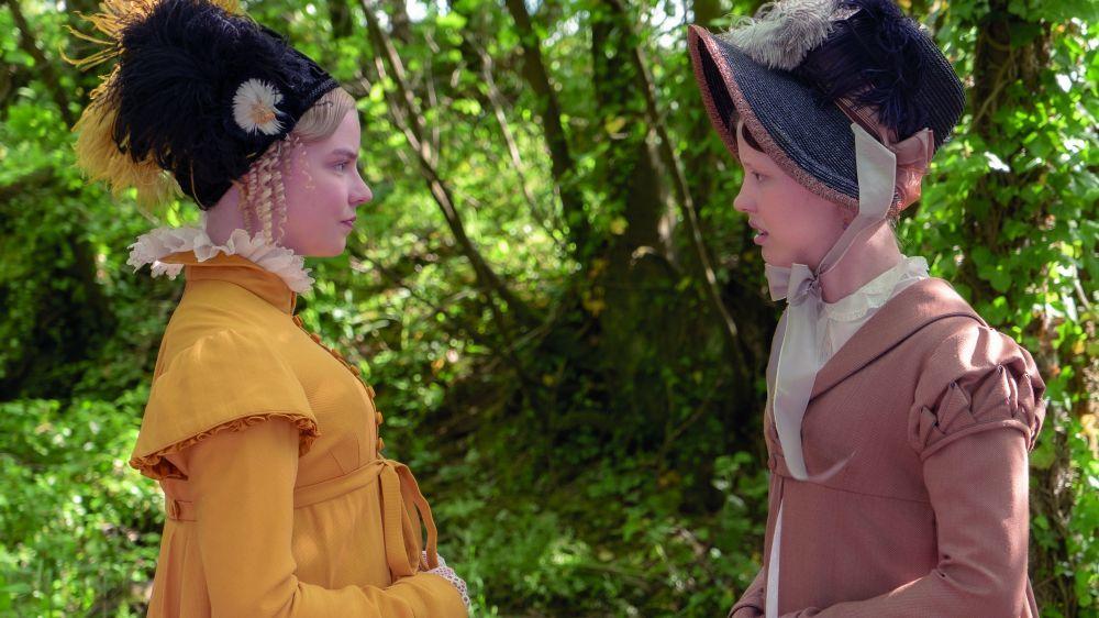 """Anya Taylor-Joy y Mia Goth, que comparten reparto en """"Emma"""", se han hecho amigas en la vida real."""