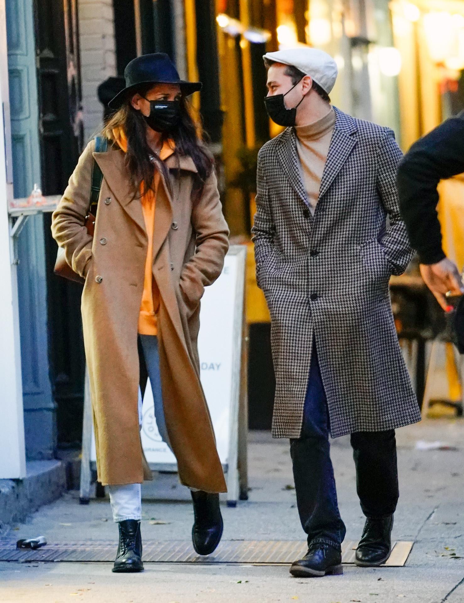 Katie Holmes paseando por Nueva York.