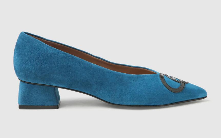 Zapato de terciopelo.