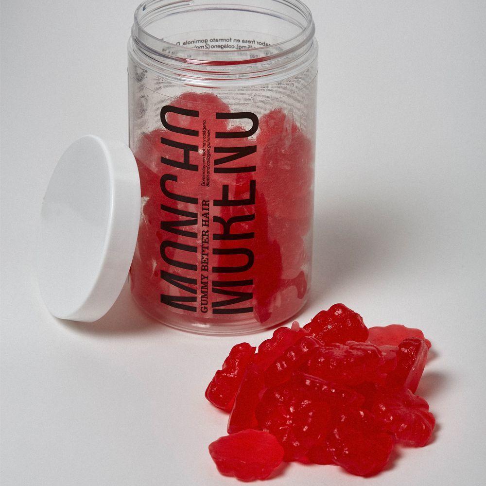 Gominolas para el pelo Gummy Better Hair de Moncho Moreno (24,95 euros) con biotina, zinc, colágeno marino y vitaminas. Sin gluten. Veganas. A la venta en www.monchomoreno.com