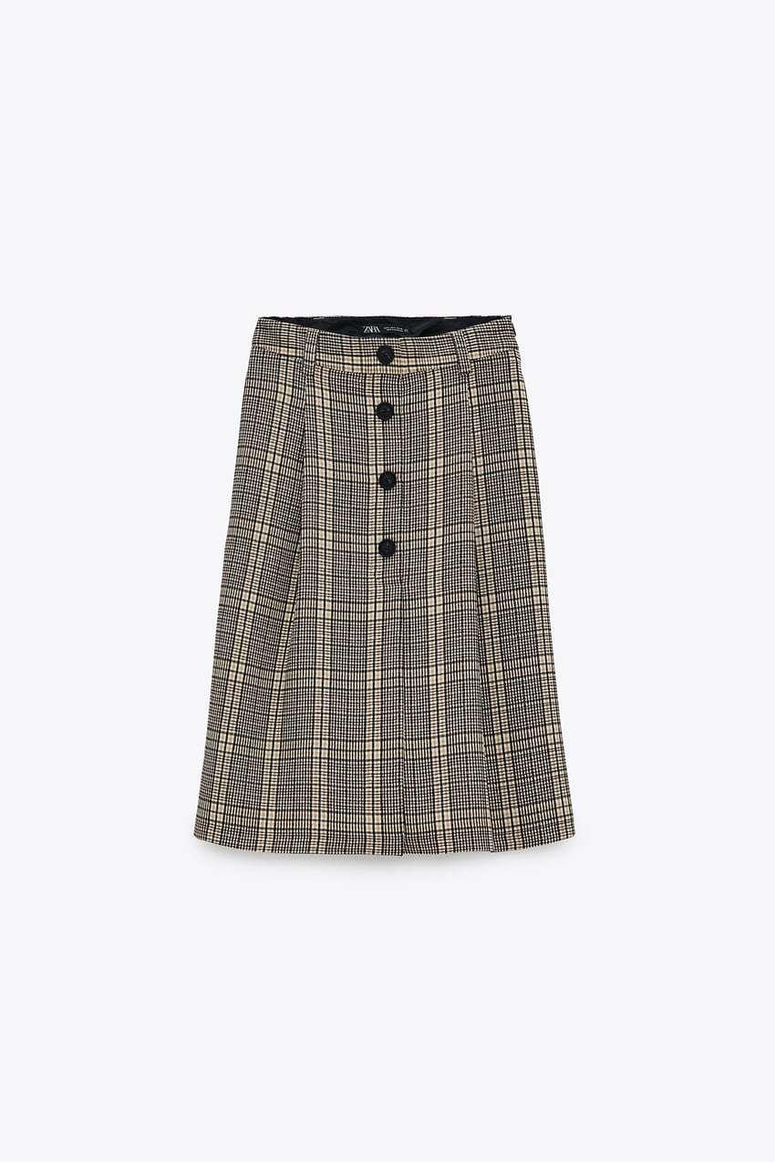 Falda de cuadros de Zara.