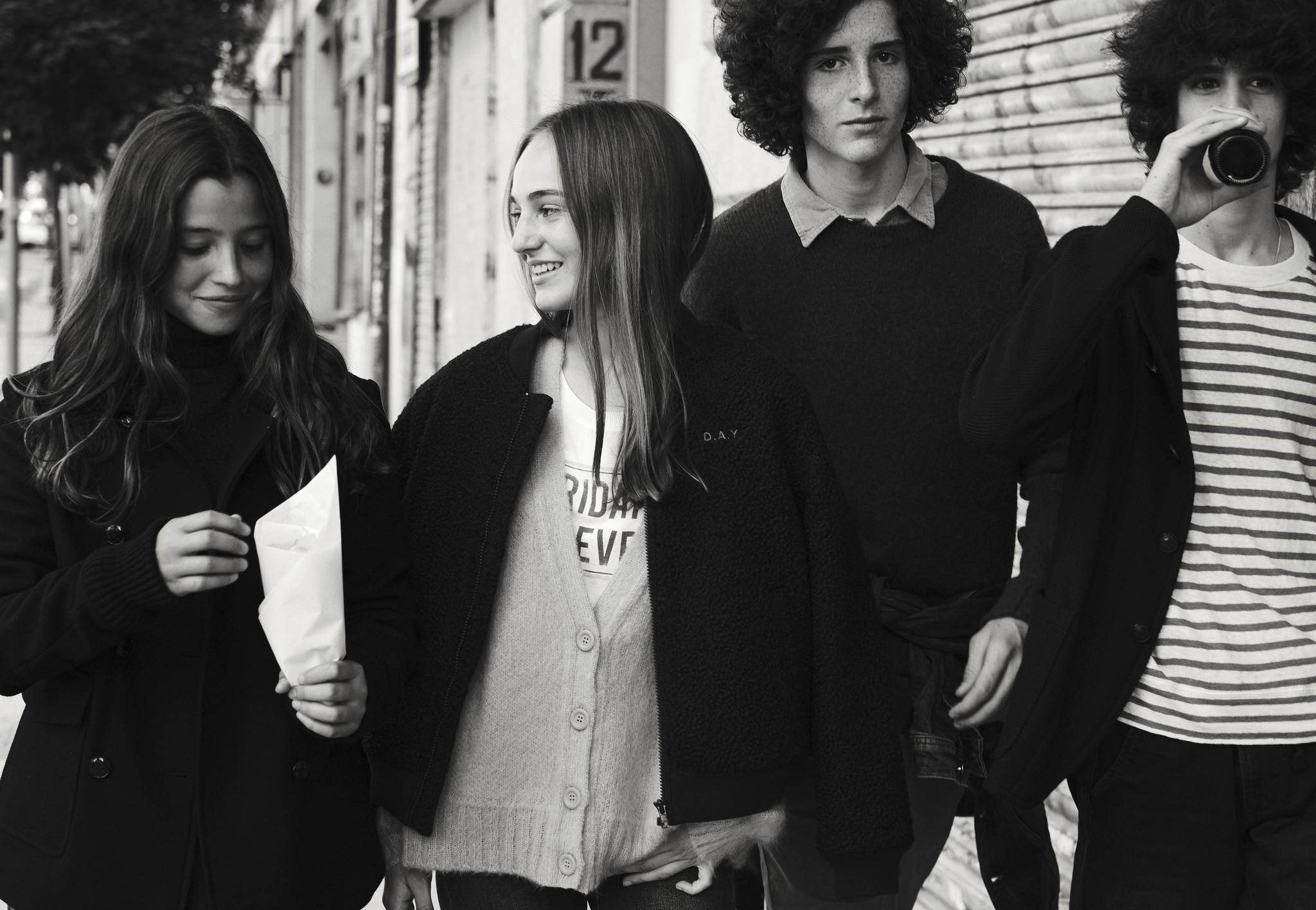 En la adolescencia, son los amigos y referentes externos quienes se convierten en su guía y modelo.