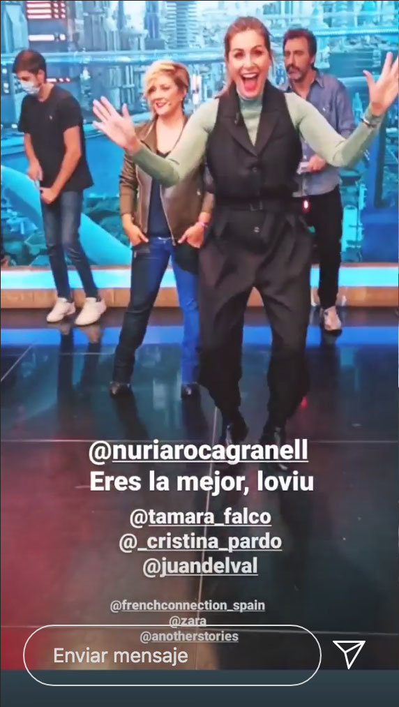 Nuria Roca en El Hormiguero con mono de Zara.