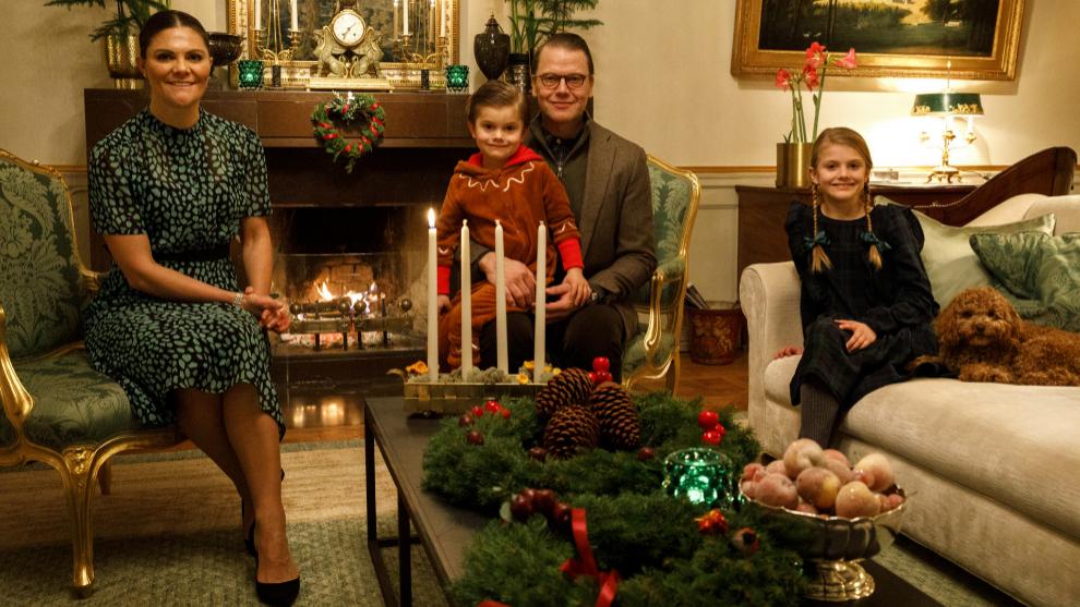 Posado navideño de la familia real de Suecia.