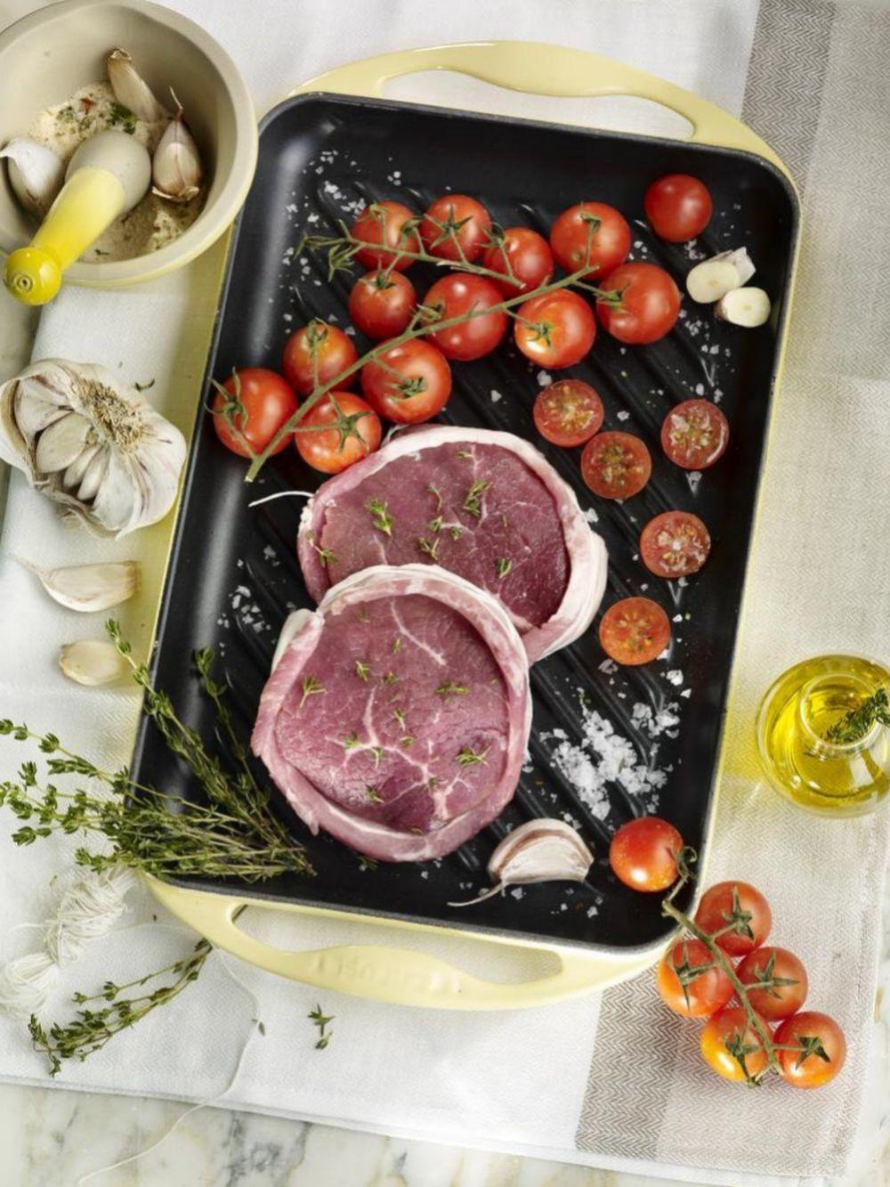 La base de esta dieta pretende emular la alimentación básica de los hombres en la Prehistoria.
