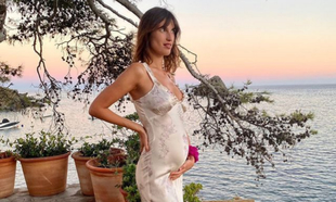 Jeanne Damas anunció su embarazo con esta idílica imagen en su...