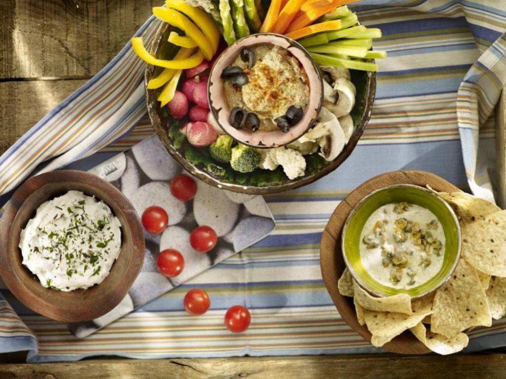 Frutas, verdura, lácteos... son parte importante de tu dieta.