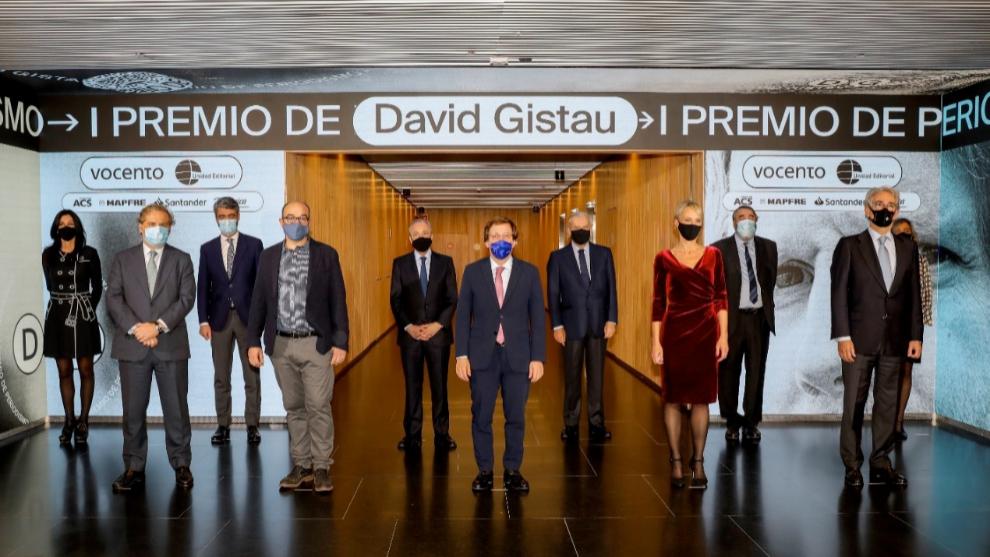De izquierda a derecha, en la primera fila: Ignacio Ybarra, presidente...