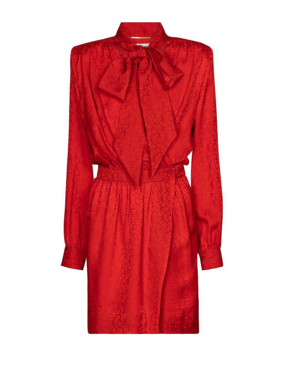Vestido rojo de Saint Laurent.
