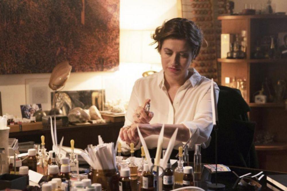 Perfumes, reciente película francesa cuya protagonista es una nariz.