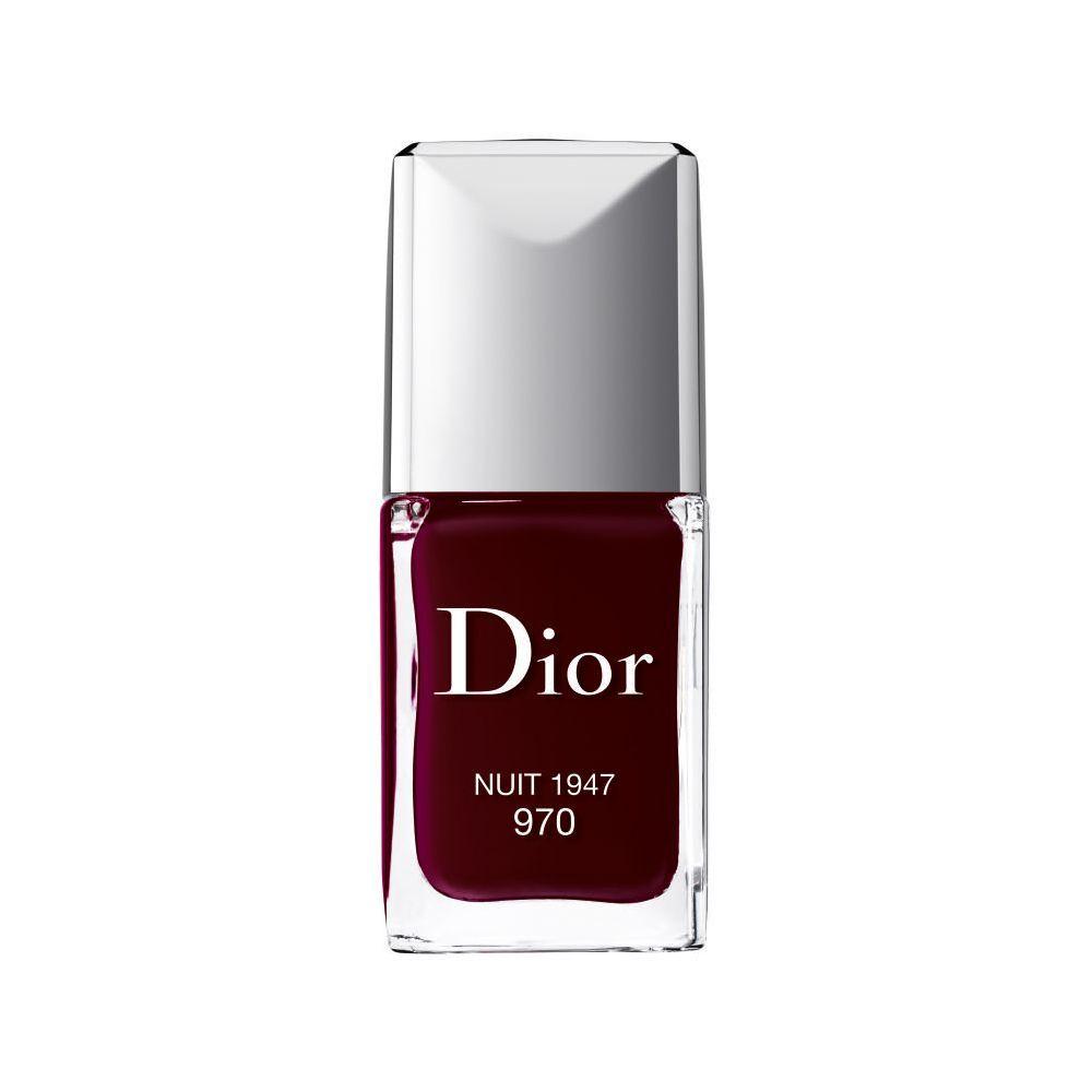 Esmalte de uñas 970 Nuit 1947 de Dior (28 euros).